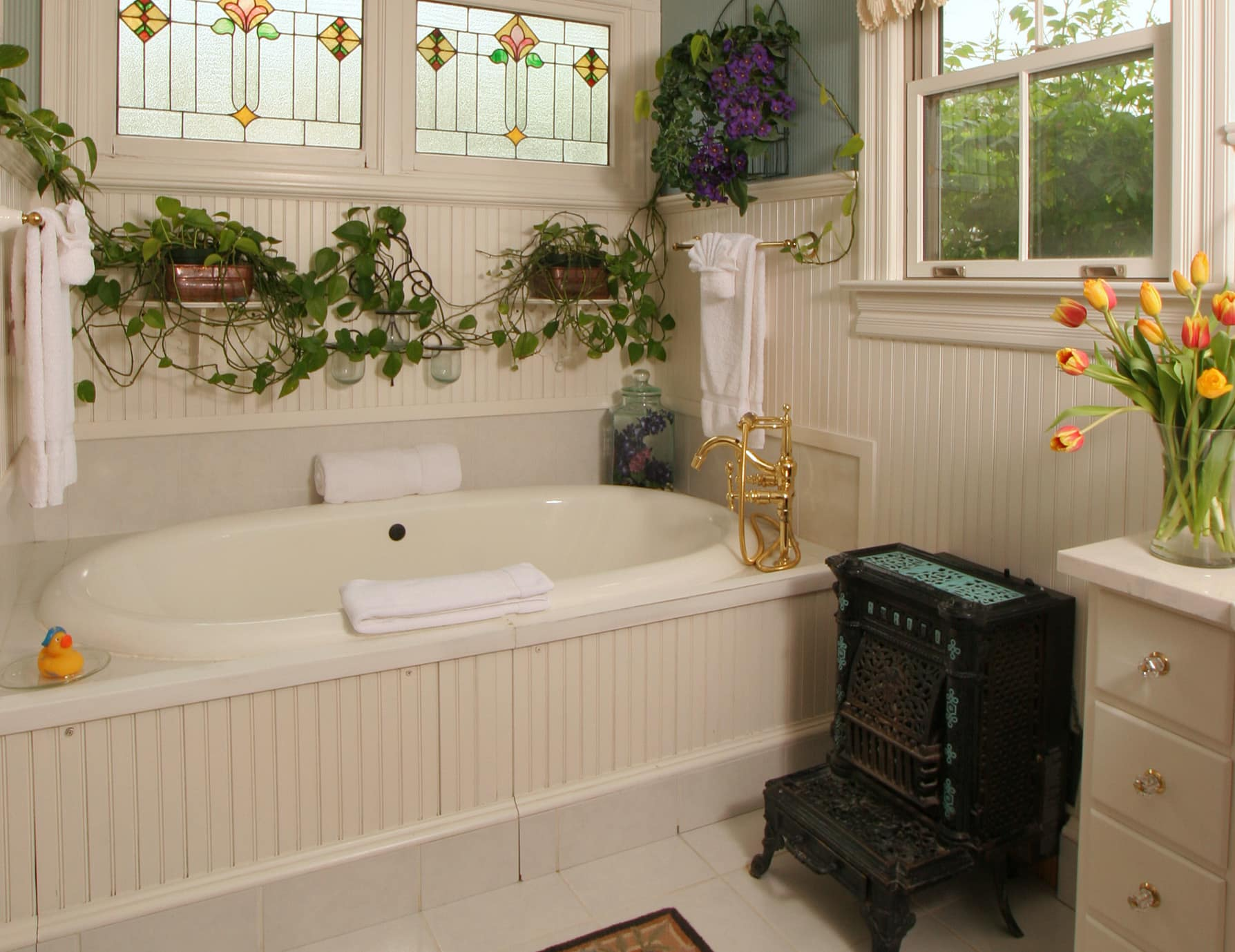 Two Person Tub and Stained Glass Windows