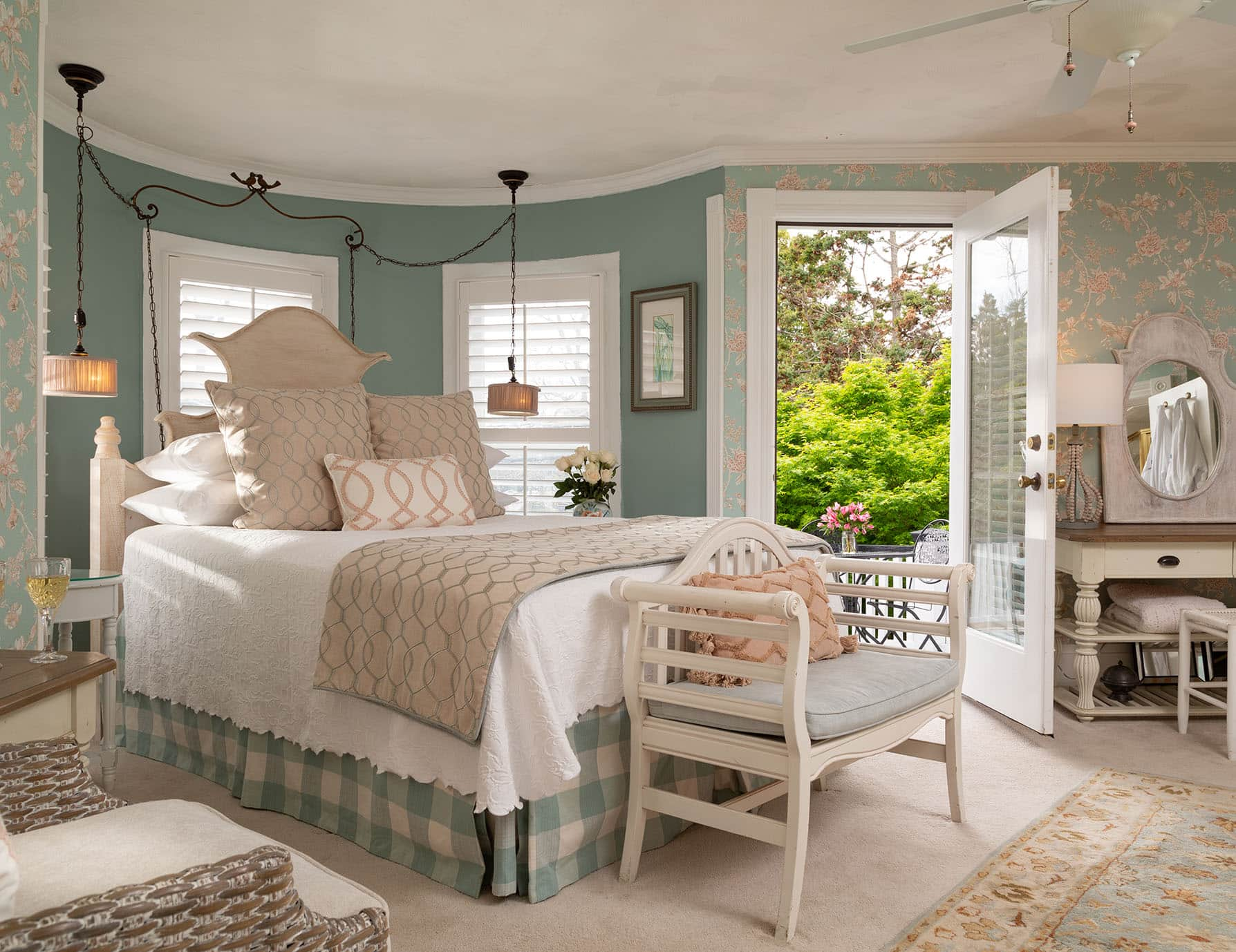 The Best Place to Stay in Outer Banks NC has a Queen Bed and Private Balcony