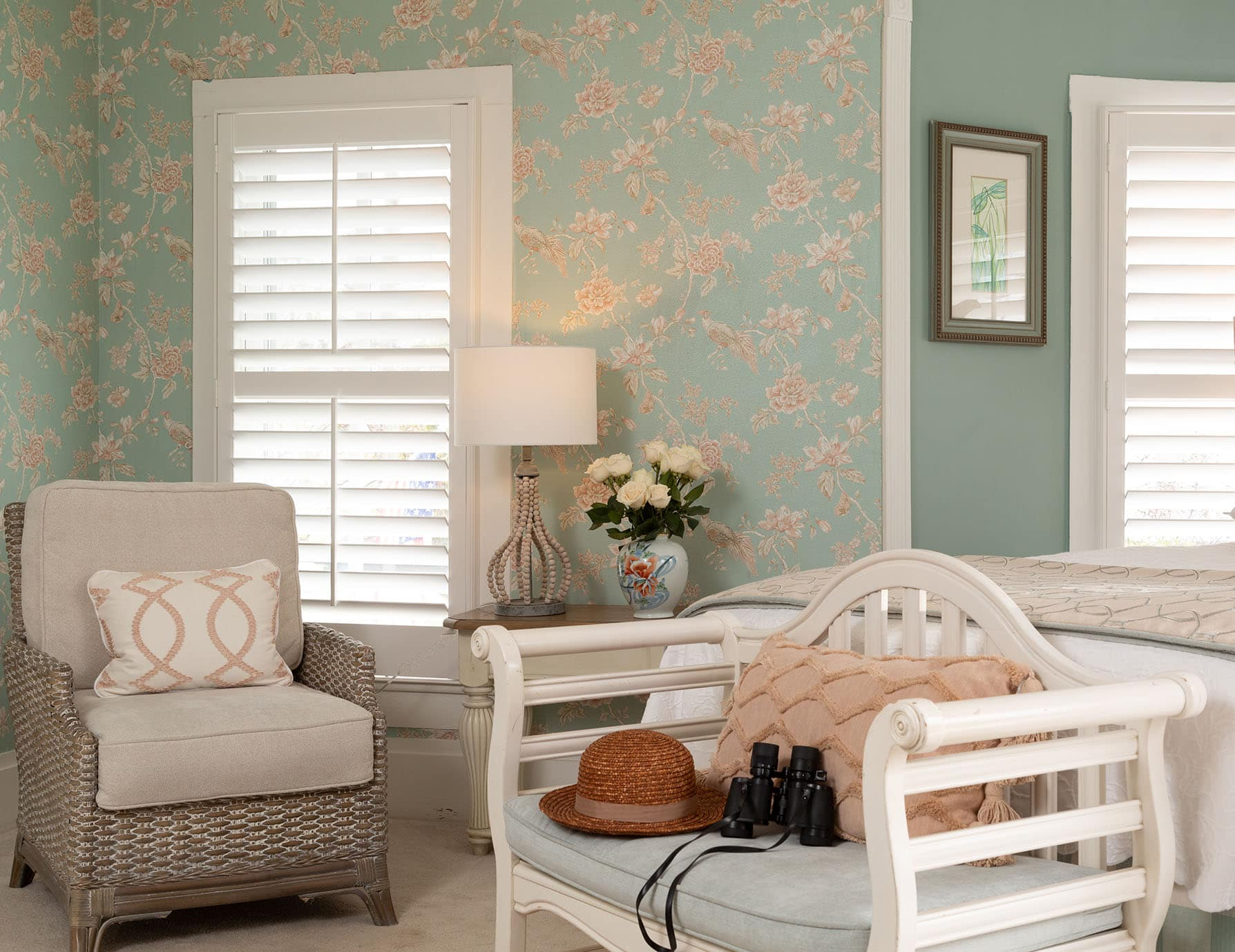 Manteo NC Bed and Breakfast Queen Bed and 3 Large Windows