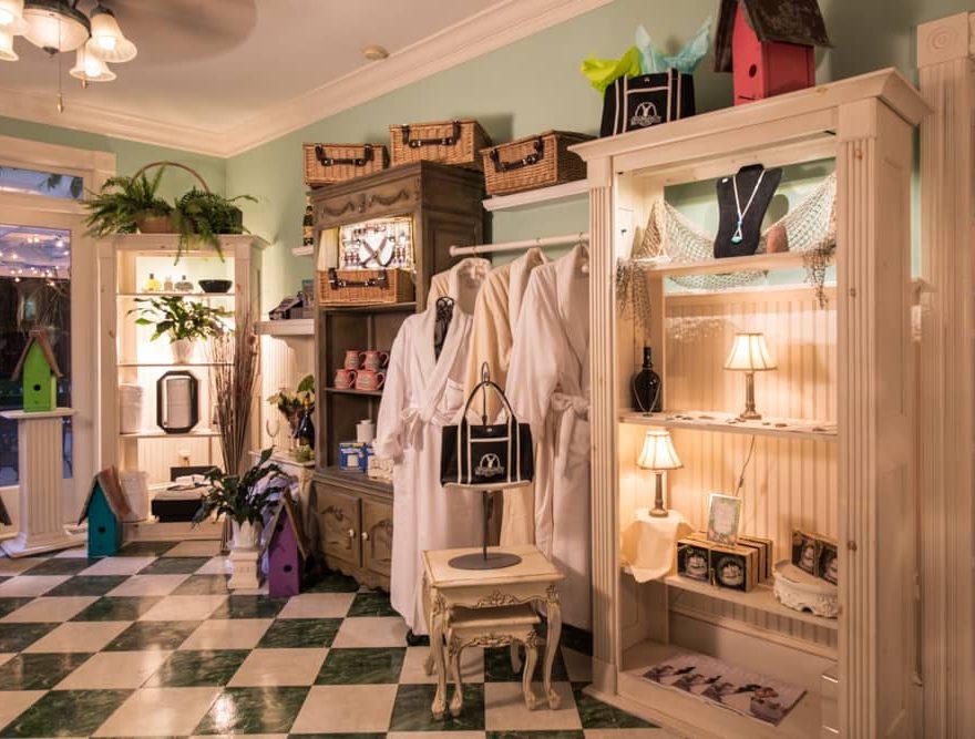 White Doe Inn Gift Store in North Carolina