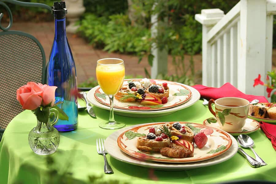 Breakfast Outside at Our Outer Banks B&B
